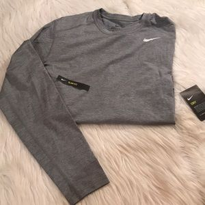 Men's medium Nike Shirt